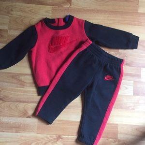 Baby boy Nike sweater set